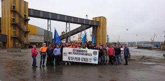Estibadores en huelga en el puerto de Avilés. Foto: Coordinadora-CEEP-Zona Norte
