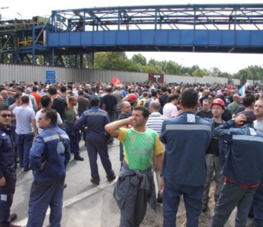 Corte de carreteras de los trabajadores de ILVA en Tarento