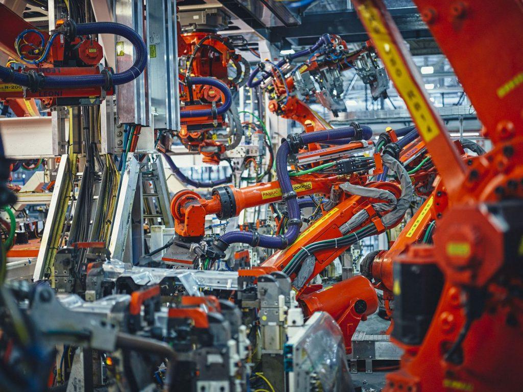 La fábrica de Tesla es una de las más automatizadas del mundo. Foto: Balazs Gardi (Bloomberg)