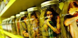 Los niños y las niñas formaban parte del proletariado en el siglo XIX, pero algunas sociedades han sabido resolverlo sin tener que pensar en darles más derechos laborales. ¿Por qué no aplicar esta lógica con la prostitución?