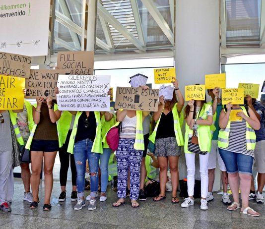 Piquete en el Aeropuerto de Mallorca durante la huelga de tripulantes de cabina de Ryanair. Foto: EPA