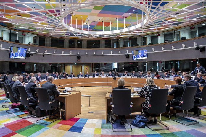 Reunión de la Cumbre Social Tripartita (UE, Patronal y Sindicatos) en Bruselas el 16 de octubre de 2018. Foto: Business Europe.