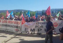 La plantilla de Zener en una concentración ante la sede de Euskaltel en Deria, Vizcaya. 12 de julio de 2019. Foto: Zener Comunicaciones Asturias
