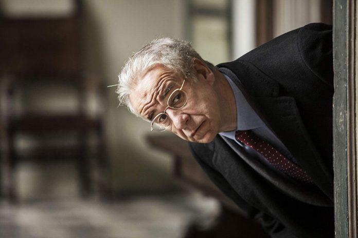 Toni Servillo en Viva la libertad. Foto: IMDB.